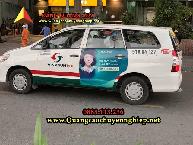 Dán quảng cáo trên taxi 2 cựa sau