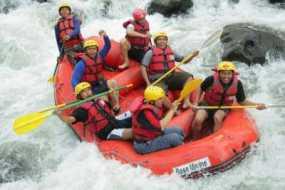 Arum Jeram Di Sungai Pekalen Probolinggo
