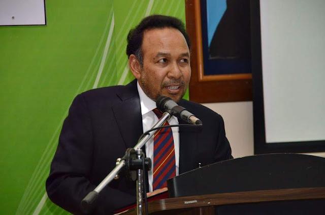 Tan Sri Dato' Dr Rozali Ismail di PSIS