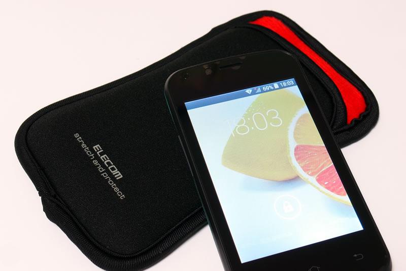 【Polaroid pigu】スマートフォン用ポーチ スリップインタイプ 1