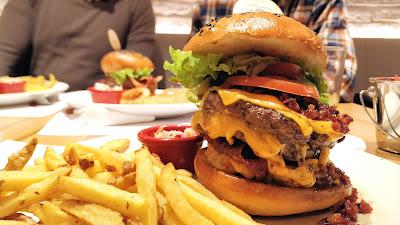 otiummadrid-aviburger-tres-pisos-carne