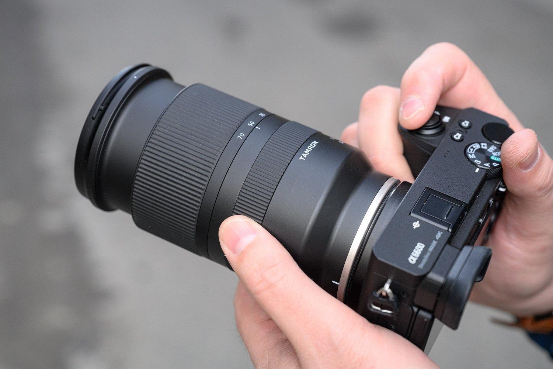 Review đánh giá lens Tamron 17-70 F2.8 Di III-A VC RXD