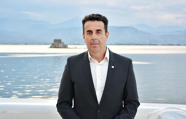 Ευχές για την νέα σχολική χρονιά από τον Δήμαρχο Ναυπλιέων