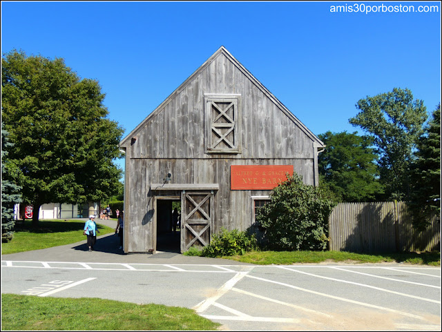 Plimoth Plantation: Maxwell and Nye Barns