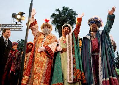 Spanyol Háromkirályok felvonulása (Cabalgata de Reyes Magos)