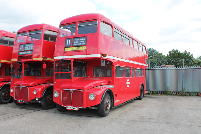 The Circle of London  Sullivan Buses South Mimms Garage SM