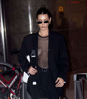 Bella Hadid  exposed in transparent  T shirt  kess  CEleBrity.co Exclusive 09