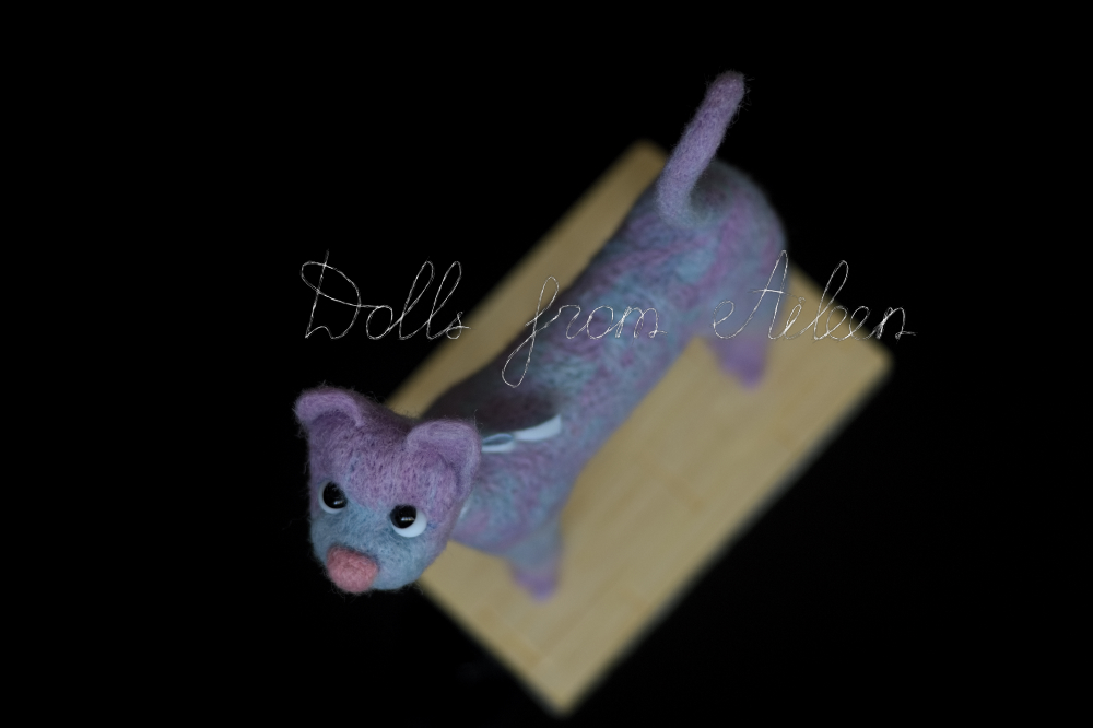 ooak needle felted cat sculpture, viewed from top