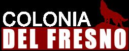 Logotipo colonia del fresno texto en color blanco y fondo rojo