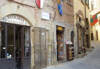 Callejeando por Arezzo.