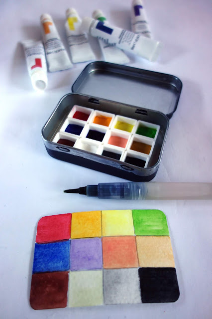 Watercolor half pans, pans for watercolor paint, plastic cubes for paint, watercolor paint, gouache paint, paint swatch