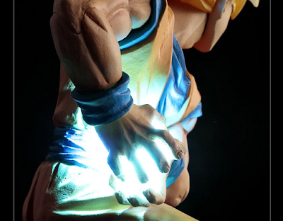 Action Figure LED Son Goku Kamehameha 07