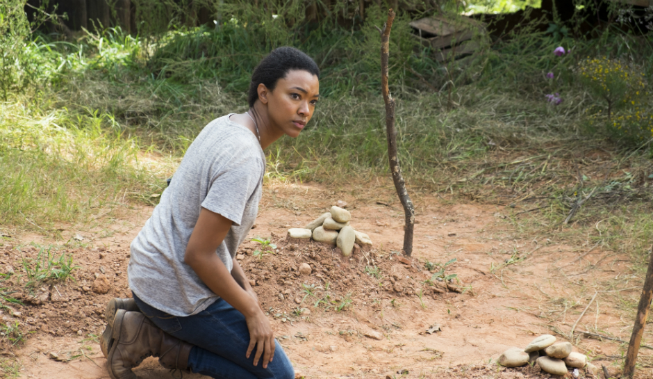 Sasha, en el episodio de The Walking Dead 7x14 The Other Side