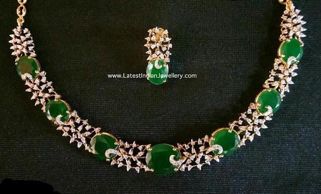 Sleek Diamond Emerald Necklace