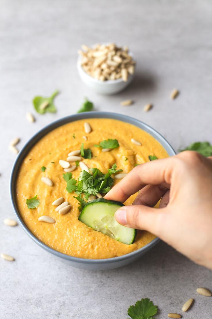 White Bean and Pumpkin Hummus | danceofstoves.com #vegan