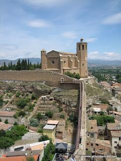 Santa Maria del Mar y la muralla