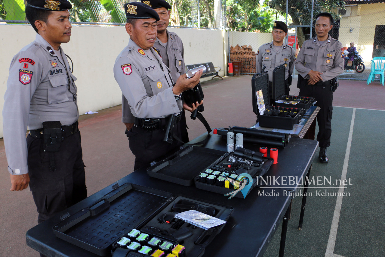 Jelang Pilgub Jateng, Polres Kebumen Terima Bantuan Senjata Elektrik