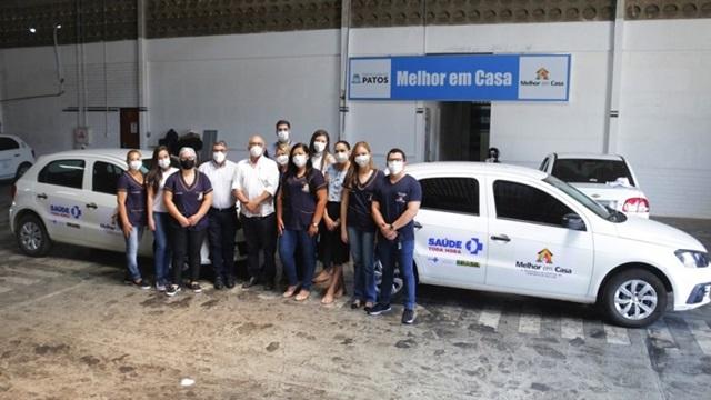 Prefeitura de Patos entrega duas viaturas para equipes de assistência à saúde em domicílio