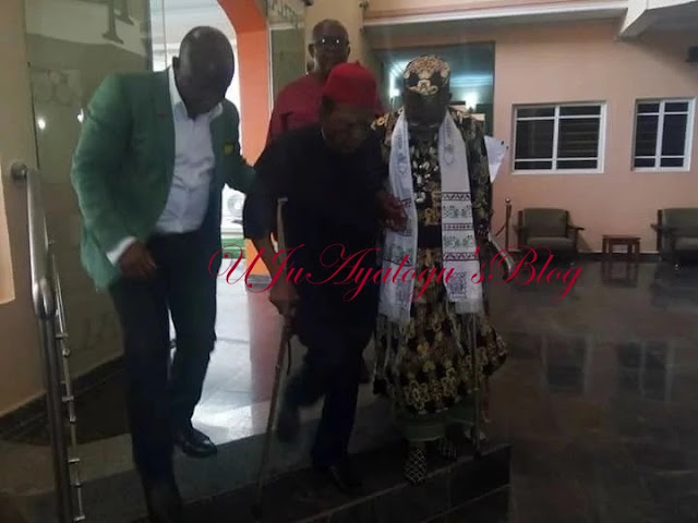 Nnamdi Kanu speaks after meeting with his father, 5 south east governors (photos)