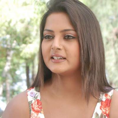 Anjana Singh Photos