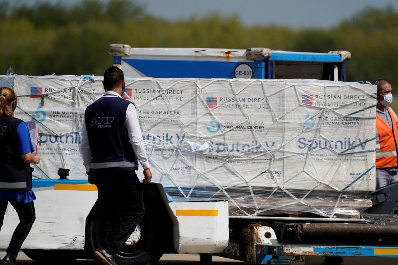 Sputnik V: partió esta madrugada a Moscú un nuevo vuelo de Aerolíneas Argentinas para traer más vacunas