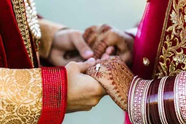 News, National, India, Uttar Pradesh, Lucknow, Bride, Grooms, Marriage, Police, Two Grooms With 'Baraat' Reach Bride's House; Know What Happens Next