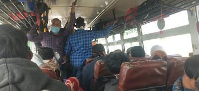 रोडवेज बसों में नही हो रहा सोशल डिस्टेंसिंग का पालन