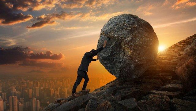 No caminho da vida, vamos encontrar pedras...