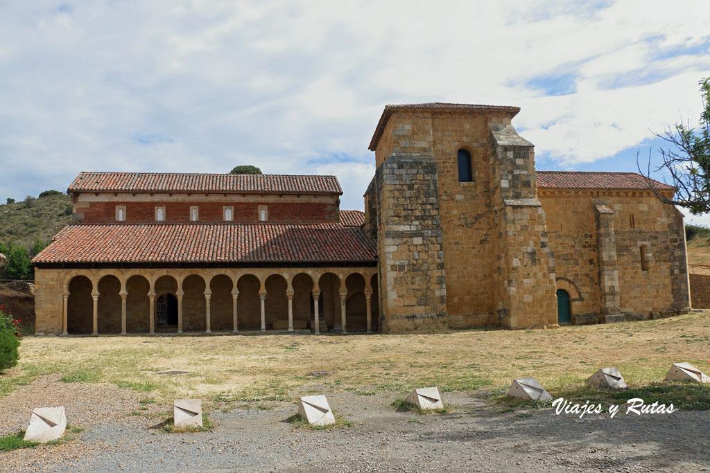 Monasterio de San Miguel de Escalada, León