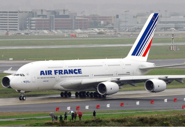 Airbus A380 | Fourtriangle ~ Fourtriangle on