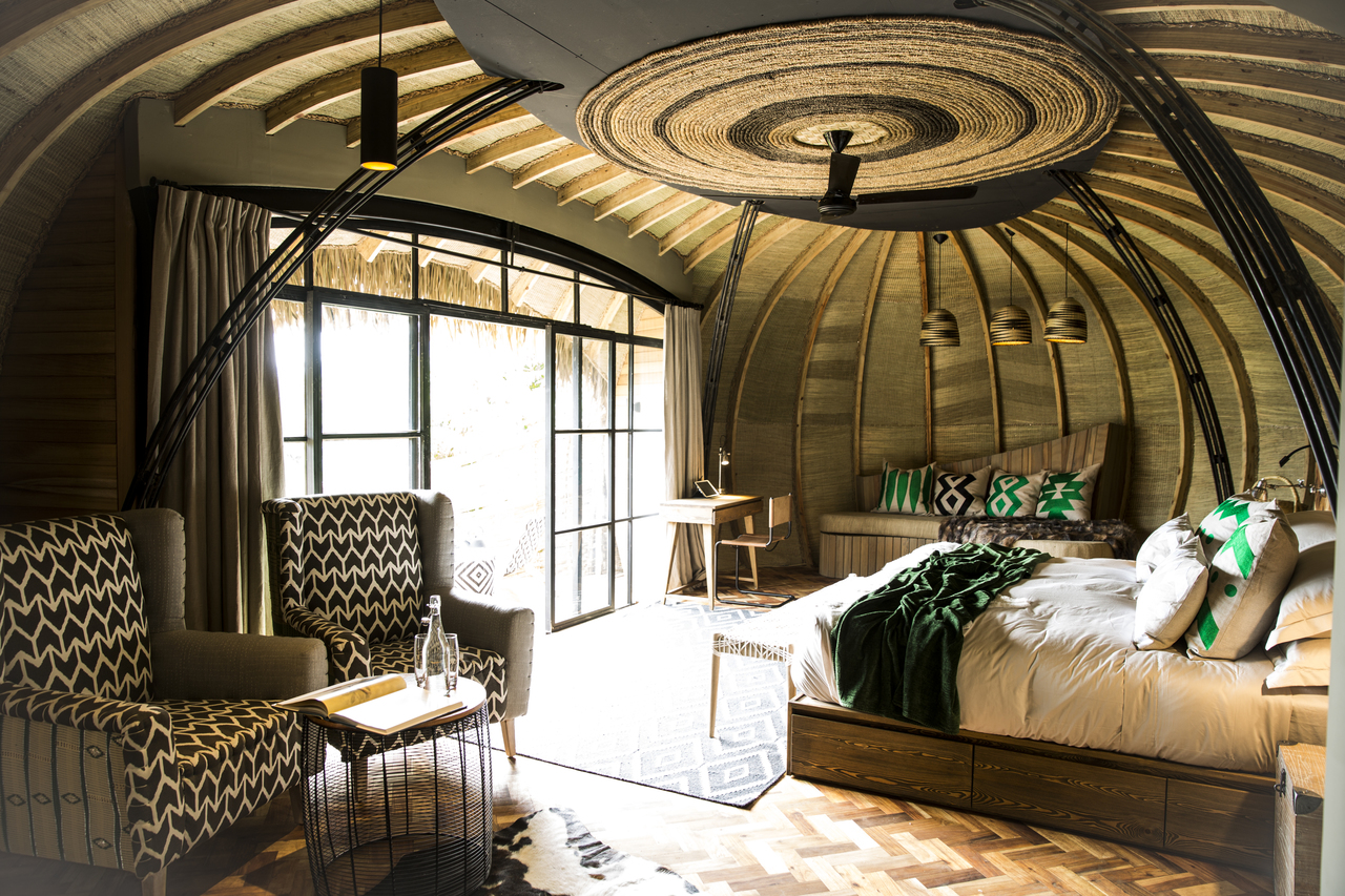 Bisate Lodge, bedroom with traditional Emerald design elements