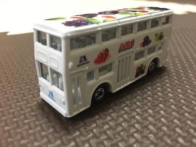 トミカ ロンドンバス ハイチュウバージョン