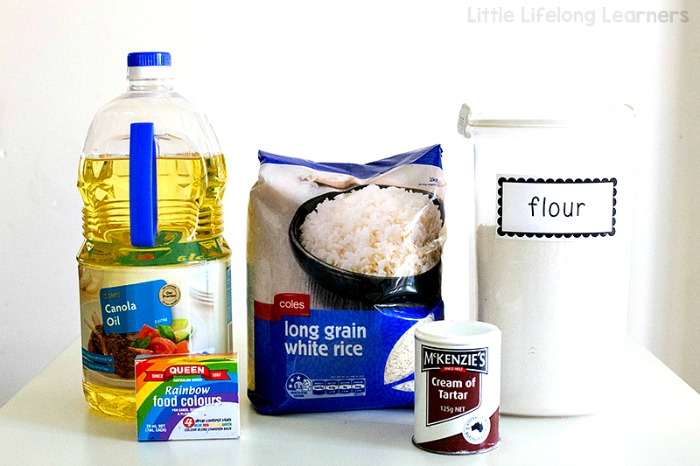 Food supplies for sensory play