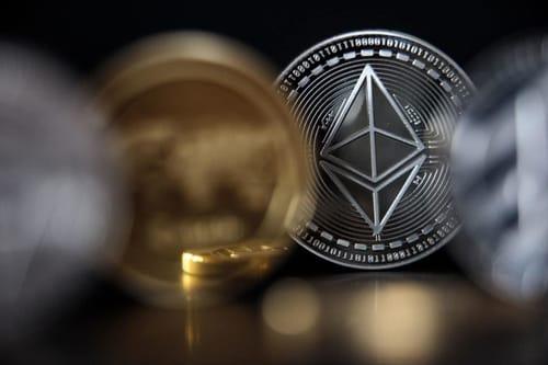 Bitcoin increases smaller cryptocurrencies