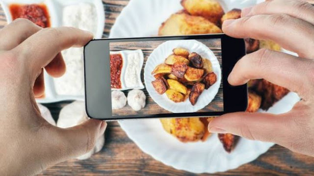 Peringatan bagi yang Suka Upload Foto Makanan di Media Sosial
