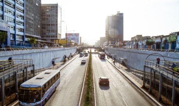 taxis y vehículos particulares podrán circular por la vía expresa Grau