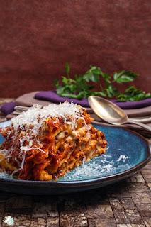 http://www.amor-und-kartoffelsack.de/2017/05/lasagne-di-crespelle-italienische-pfannkuchenlasagne.html