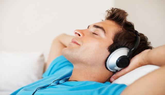Ternyata Mendengarkan Musik Bermanfaat Bagi Kesehatan, Yuk di Cek !!