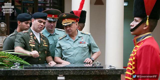 Pejabat Rusia Undang Menhan AS Hadiri Parade Militer di Lapangan Merah