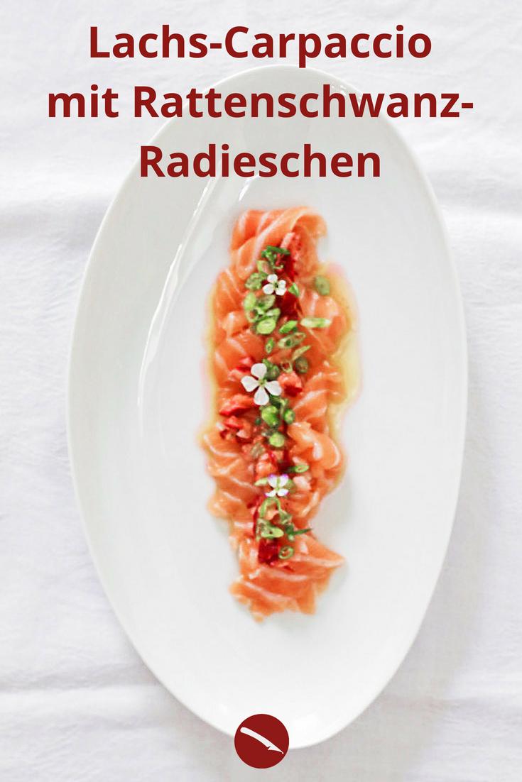 Rattenschwanz-Radies(chen), Lachscarpaccio, Radieschen-Ingwer-Vinaigrette #rattenschwanzradieschen #rattenschwanzradies #radi #gartenküche #rezepte #fisch #lachs #carpaccio #lachscarpaccio #ingwer #vorspeise #roh #raw #vinaigrette #dinner #abendessen #menü #besonders #fisch #sushi #sashimi #radieschen #asiatisch #japan #gesund #japanische_küche #foodblogger #blogger #arthurs_tochter