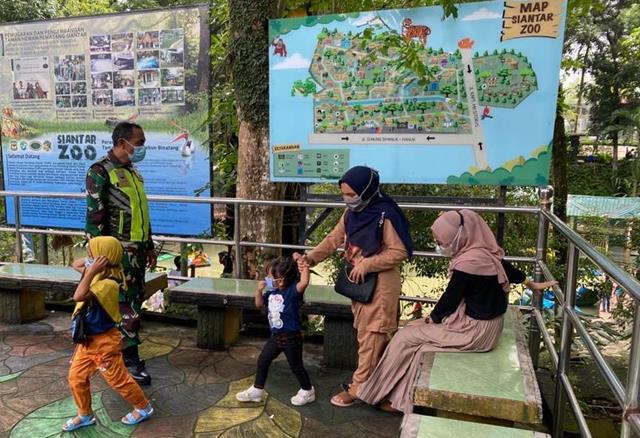Personel Jajaran Kodim 0207/Simalungun Laksanakan Penegakan DIsiplin Protokol Kesehatan Ditaman Hewan