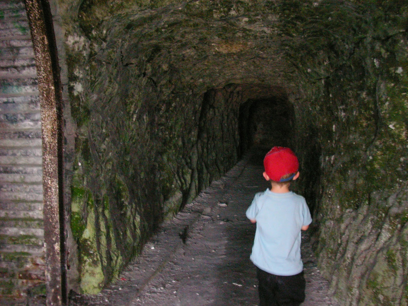 wartime tunnels into chalk cliff paulsgrove