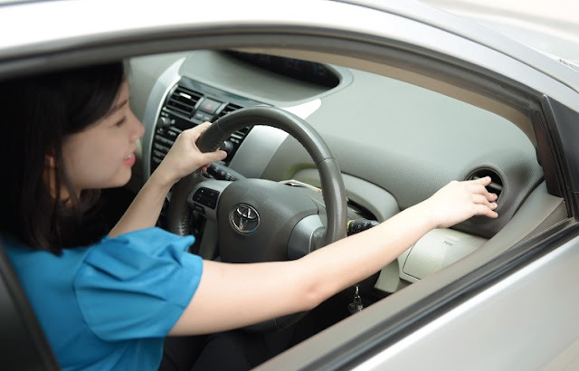 Yuk Cari Tahu 5 Hal Yang Harus Dilakukan Jika AC Mobil Tidak Dingin!