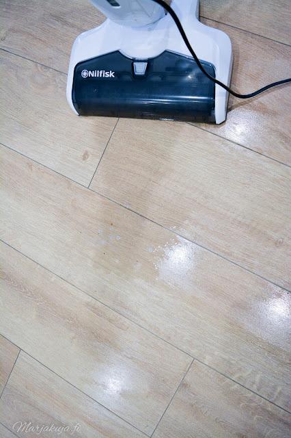 nilfisk combi lattiapesuri imuri kuiva märkä lattianpesu koti