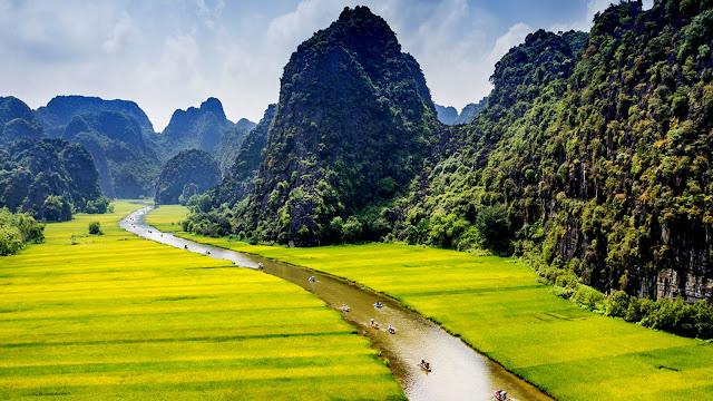 Tam Coc - Paket Indochina Periode Lebaran 2018 - Salika Travel
