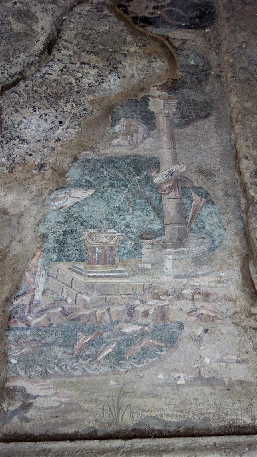mosaico desligado palestrina - Bate-e-volta à Palestrina
