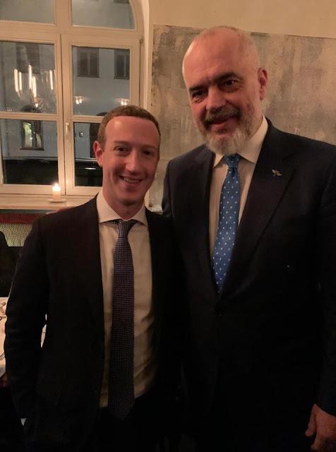 Il primo ministro albanese Edi Rama incontra il fondatore di Facebook Zuckenberg a Monaco