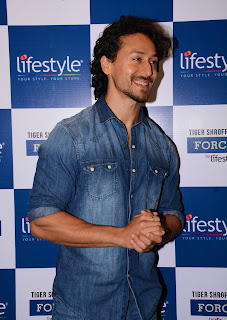 Actor Tiger Shroff launches Lifestyle & Home Centre stores in Seawoods Grand Central Mall, Navi Mumbai