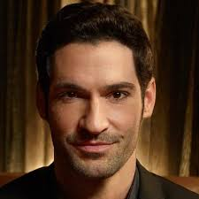 What is the height of Tom Ellis?