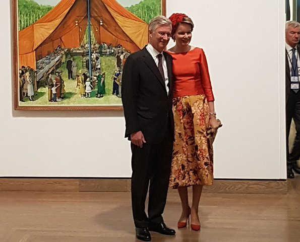 King Philippe and Queen Mathilde of Belgium visited the Canadian War Museum in Ottawa. Queen Mathilde wore Natan blouse and Natan floral skirt
